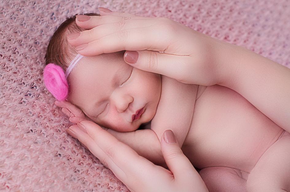 11-Newborn-photographer-studio-Prince-Frederick-MD